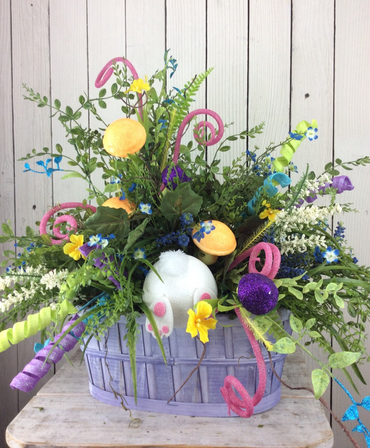 Easter centerpiece floral arrangement table