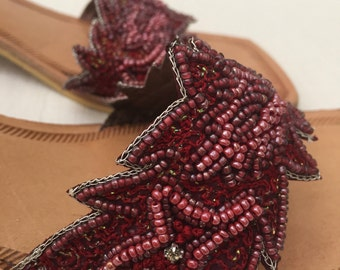 Vintage Hand made Vero Cuoio Sandals Leather Sole Cranberry Purple Beads Summer Shoes