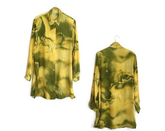 90s tie dye blouse // oversized shirt dress // yellow and green tie dye blouse // 1990s gunge // 90s hippie large blouse