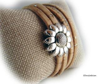Womens cork leather wrap bracelet light brown silver flower  - vegan - magnetic clasp Zamac -  gift for her women girlfriend wife sister mom