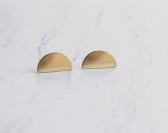 Minimal Semi Circle Brass Studs