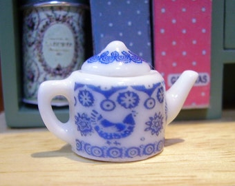 Rooster Emma B. style Miniature Teapot for Dollhouse 1:12 scale