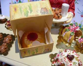 Strawberry Kougelhopf Alsacienne for Dollhouse Miniature 1:12 scale