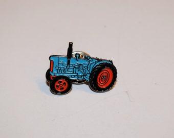 Fordson Major Tractor Pin Badge-Enamel