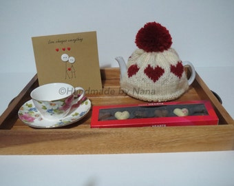Hearts knitted tea cosy