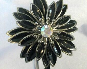 Vintage Coro Silver & Black Flower Pin w/Rhinstone Center