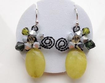 Lemon green earrings - green jewellery - green stone earrings - green jewellery - light green earrings