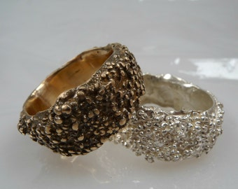 Dewdrop ring in bronze, Cluster ring, bronze jewelry, bronze rings, granulated ring ONE ONLY