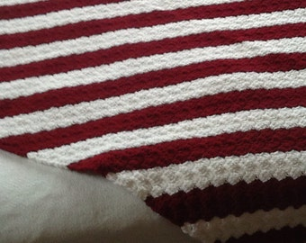 Crocheted lap afghan in burgandy and white