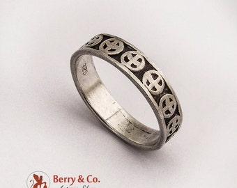 Pacific Ring Band Sterling Silver