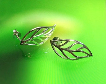 925 Solid Sterling Silver LEAF Earrings/Stud/Delicate Jewelry/Polished