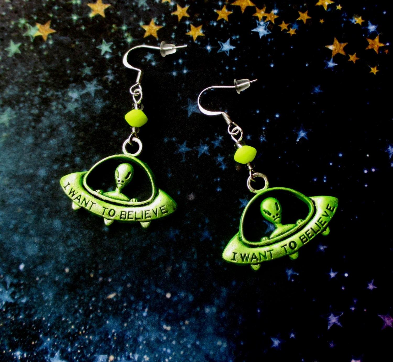 Alien Bees Black Friday Sale: Green Alien Earrings Glow In The Dark Jewellery UFO