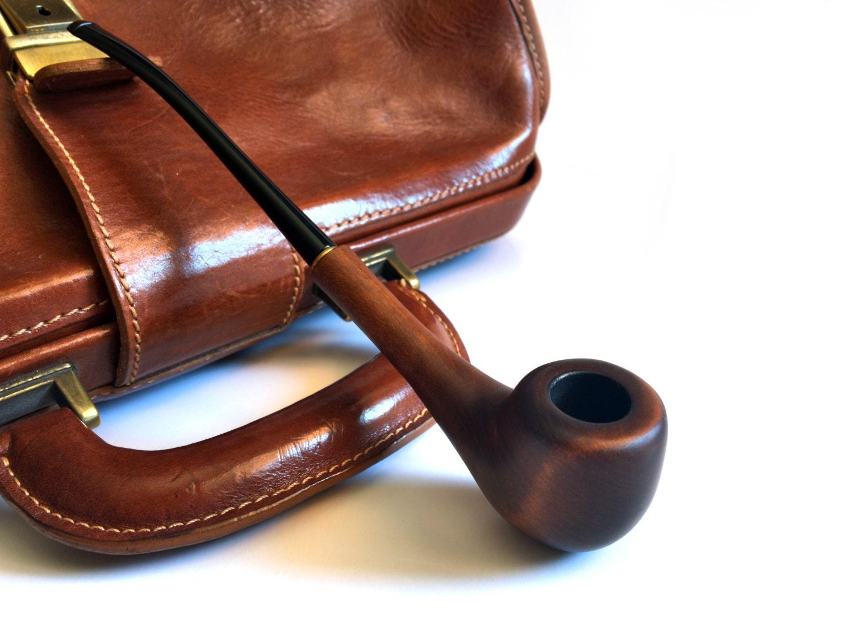 Cigar and pipe smoking masturbation