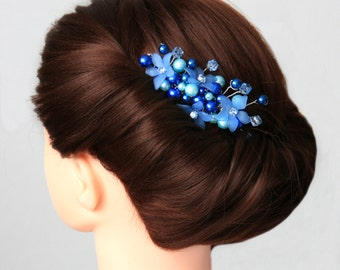 Pearl blossom comb of something blue