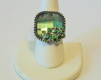 Vintage Style Square Bright Green Rhinestone Fashion Ring Adjustable Band