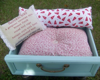 Pet Bed -Shabby Chic Pet Bed for Kitty Cat or Small Dog - SALE