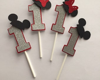 Mickey and Minnie cupcake toppers