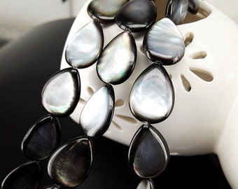 "16"" 17x13mm Black Mother Of Pearl Teardrop Beads Tahitian MOP Teardrop Beads"