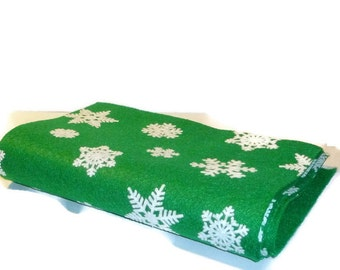Snowflake pattern felt green felt sheets winter crafting 5 pieces