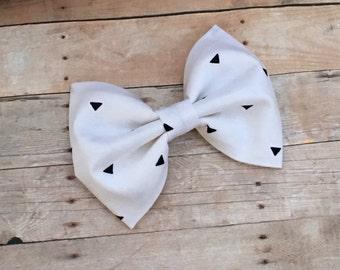White/Black Triangles - Fabric Bows - Hair Bows - Hair Accessories - Bows