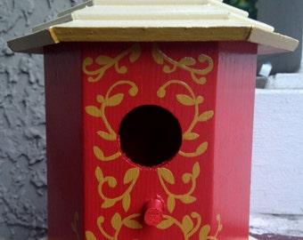 Rust Vines Birdhouse