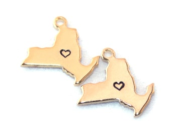 2x Gold Plated New York State Charms w/ Hearts - M115/H-NY