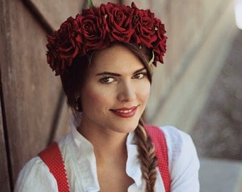 Dirndl Flowercrown red roses