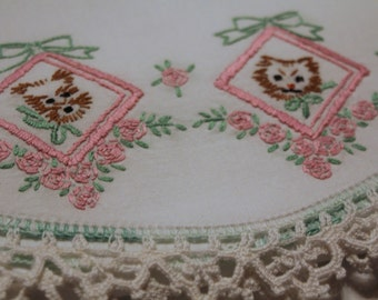 Vintage Crisp Pillow Cases, Absolutely Beautiful! Puppies and Kittens, Hand Embroidery, Crocheted Lace Scalloped Edges
