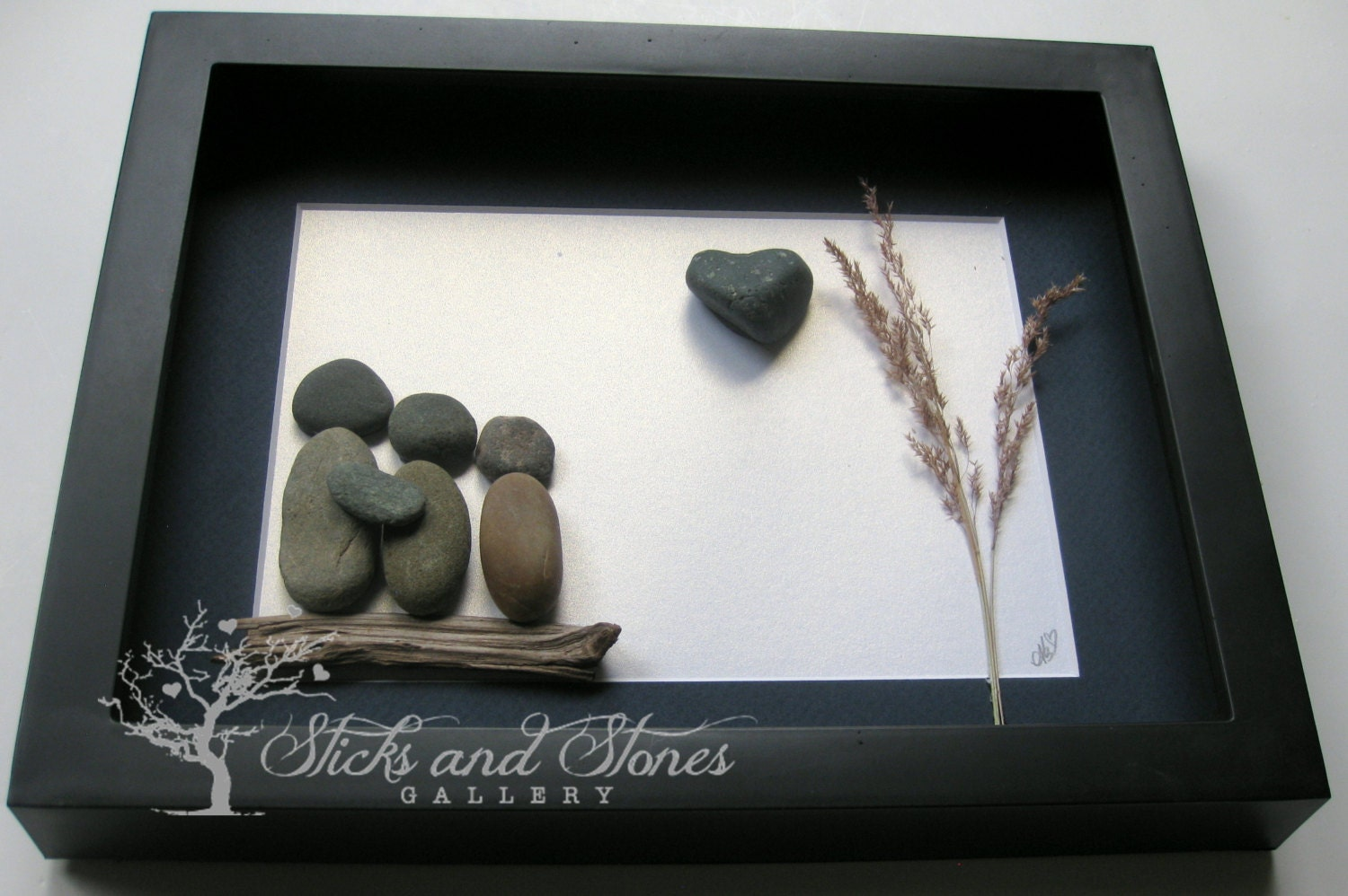 Pebble art family gifts personalized family present unique for Unusual quirky gifts