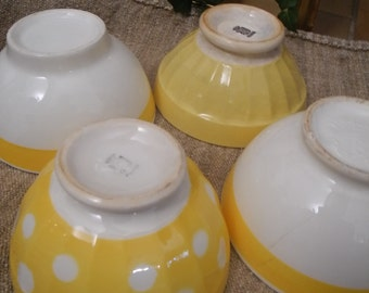 Antique french and italian  café au lait bowls x 4 - petit déjeuner - yellow
