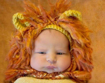 Couragious lion crocheted hat