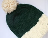 Lined Knit Beanie with Pom-Pom in Cream/Pine Green