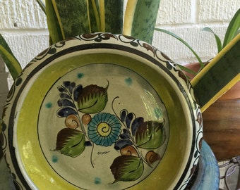 ℂᎯЅᎯ Hand Painted Mexican Pottery