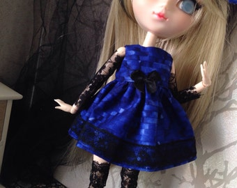 Dress for this size doll and pullip minas and sleeve