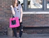 HOT PINK splatter print shoulder tote bag // leather strap tote