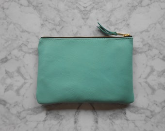 Everyday make-up bag - MINT Green - Leather pouch - Leather make-up bag - Leather zipper pouch - Leather cosmetic bag - Leather clutch