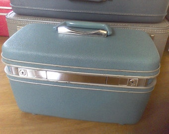 Aqua Train Case , Samsonite,makeup case, carry on luggage
