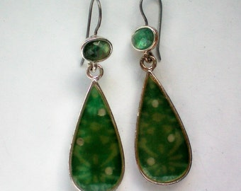 Green Molded Glass Pierced Drop Earrings - 4232