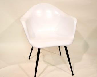 Chromecraft Fiberglass Arm Chair
