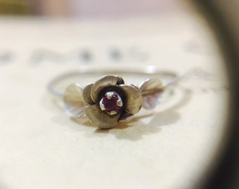Vintage Sterling Silver and Ruby Ring - Size 9