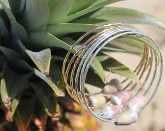 Hawaiian Shell Bangle