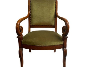 Directors Chair with Curved arms