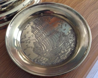 Vintage brass ash tray or trinket dish with a nautical theme