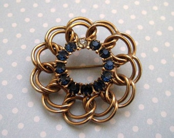 Blue Rhinestone Pin / Gold Tone Wreath Pin / Sapphire Blue Sparkle