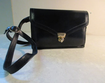 LOVELY 1980's Small Leather Satchel MADE In IRELAND By Clarks - So Cute!!