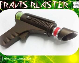 Blake's 7 Travis's blaster resin prop replica model kit sci fi vintage