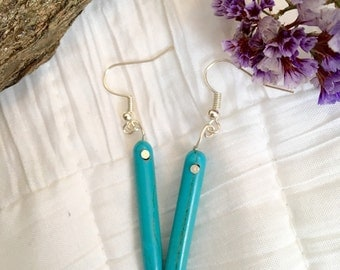 Turquoise Spears --- Minimal turquoise drop earrings