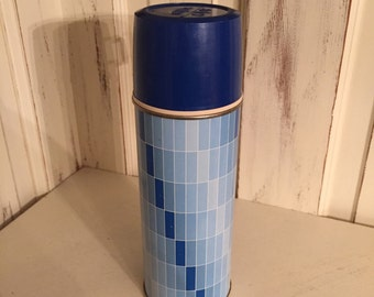 Retro Blue Thermos, Quart, Geometric Pattern, Ombre, Thermos