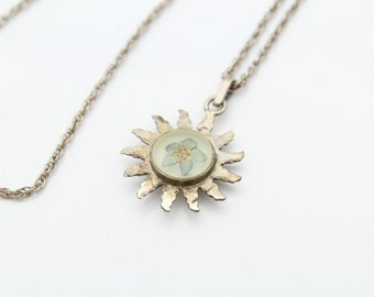 """Smiling Sun Pendant with Lucite Pressed Flower on20"""" Chain in Sterling Silver. [11344]"""