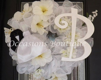 Wedding Wreath, Bridal Shower Decoration, Door Hanger, Wedding Gift, Engagement Party Decoration, Monogram Wreaths, Made to Order